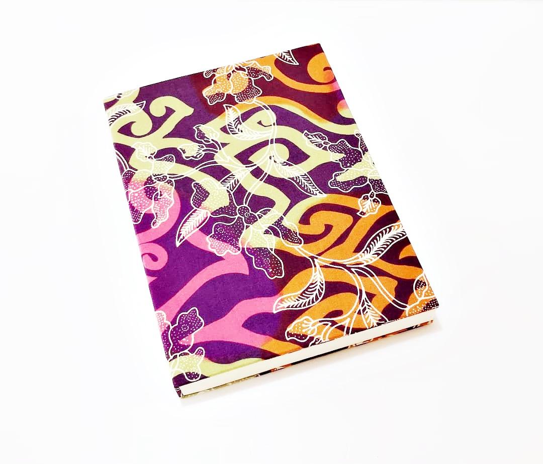 batik notebook L 1